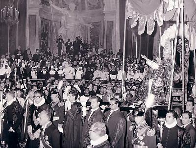 Aspectos de la solemne canonización de los 22 mártires de Uganda, el 18 de octubre de 1964, en el Vaticano